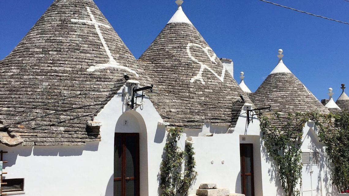 """Os """"trulli"""" de Alberobello e seus arredores"""